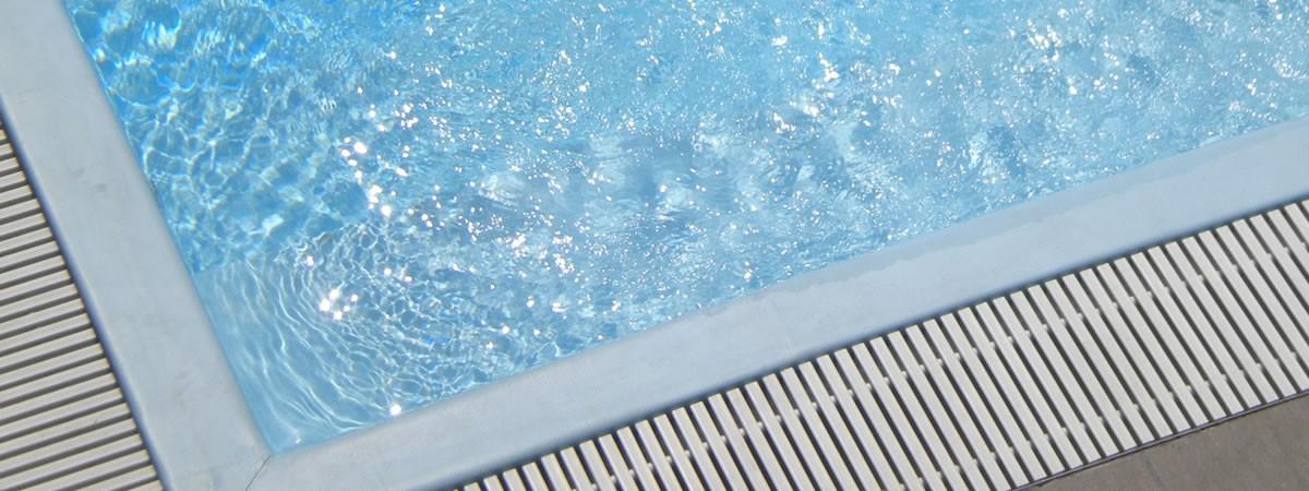 Vasta gamma di prodotti per la tua piscina